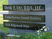 Dr. Utz's signs outside