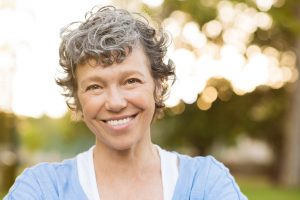 Dental implants in Bowling Green replace missing teeth and build bone. Learn if you are a candidate for these amazing restorations from Derik E. Utz DDS.